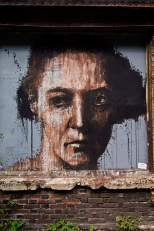 Guy Denning (Portrait d'Irène Joliot-Curie. Spray) // Photo: © Mélina Huet