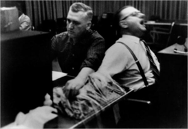 8-Milgram-Experiment